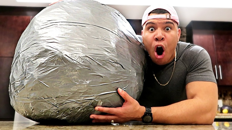 10 000 LAYERS OF DUCT TAPE BALL 200 LBS WORLD RECORD