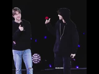 """Jin's expression really went from """"that's my bitch right there yaaas!"""" to """"what the fuck?!"""" real quick! jsbdjsjdjdk"""