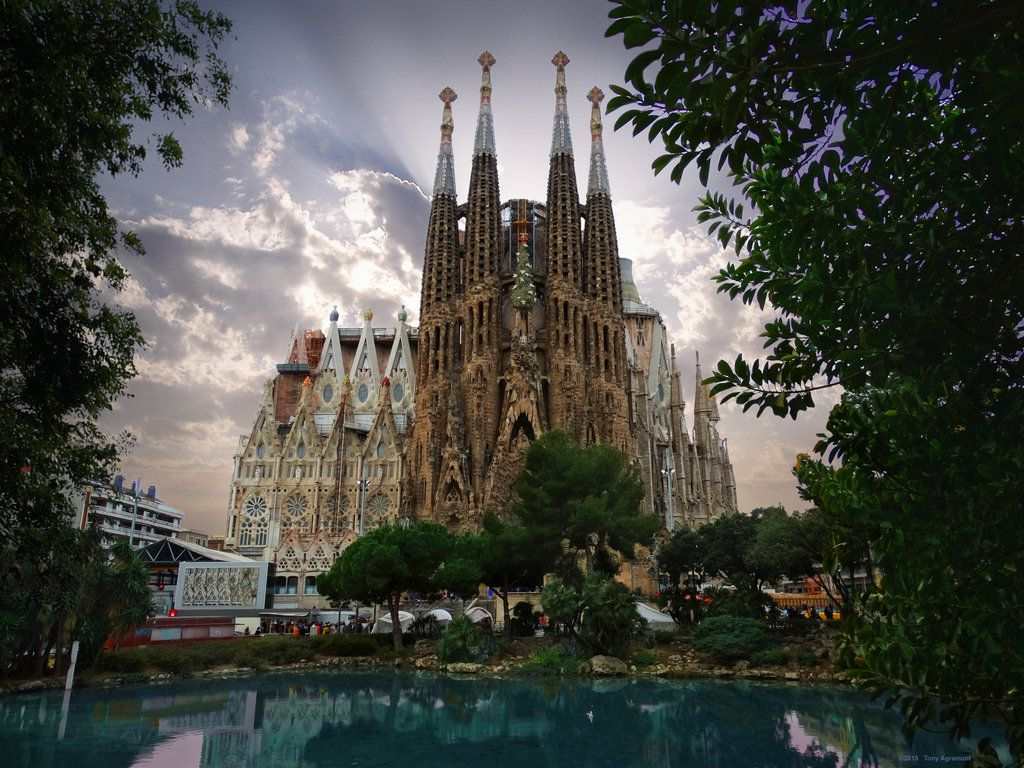 Барселона церковь картинки