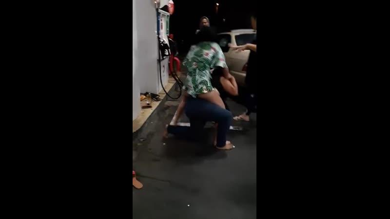 Pelea de mujeres en la calle parte 4 Gorda Vs Flaca