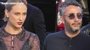 VIDEO Nora Arnezeder arrive au défilé Armani à Paris Fashion Week le 2 juillet 2019