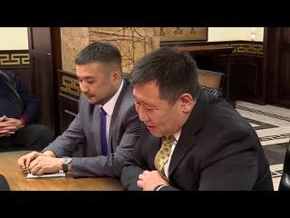 Встреча с генеральным директором авиакомпании Нunnu air  (Монголия)