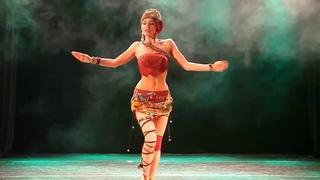 пластична и грациозна очень красивый танец 2365782 просмотра