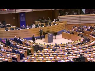 Nigel Farage's dramatic final speech at the European Parliament ahead of the Brexit