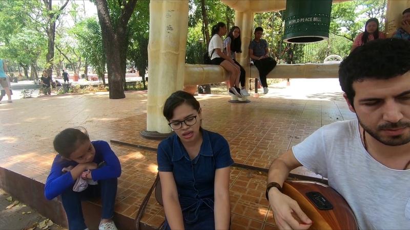 Bahçada Yeşil Çınar - Jenalyn Palce Loudingirra Özdemir (Manila, Filipinler)