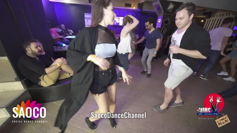 Patrick Steindl и Мария Богданова танцуют сальсу на пре-пати 3 Front Relax 01.08.2019
