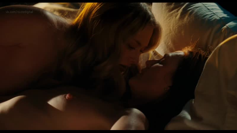 Julianne Moore, Amanda Seyfried Nude Lesbian Sex Chloe (2009) HD Watch Online, Джулианна Мур,