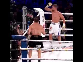 Мастерство защиты от Билли Джо Сондерса в бою с Давидом Лемье.