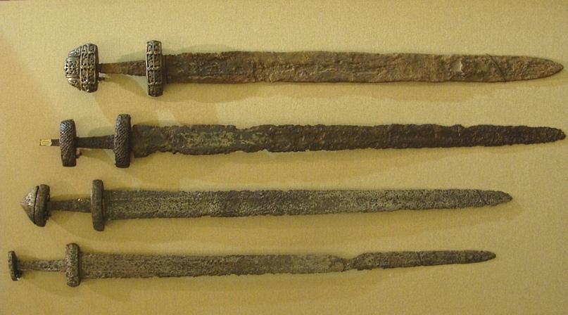 Мечи викингов, датируются V веком н.э.