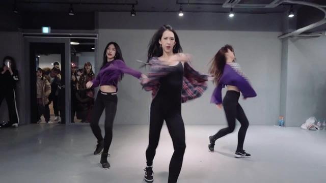Woman - Kesha ft. The Dap-Kings Horns Mina Myoung Choreography