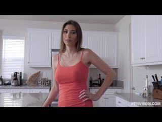 Angelina Diamanti - Does This Make My Ass Look Big