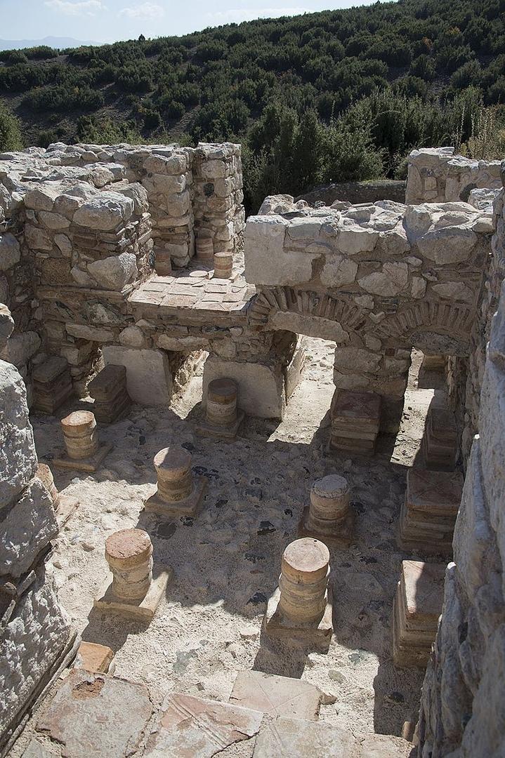 Кибира Одеон Римская баня