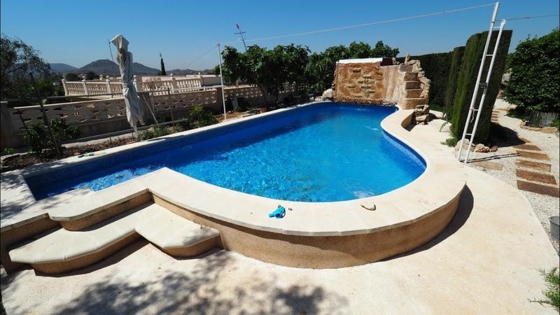 Ухоженный НЕДОРОГОЙ двухэтажный ДОМ с участком в Испании, бассейн, террасы,парковка, рядом Аликанте