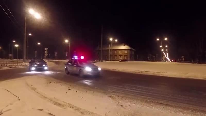 Скользим по дорогам Северодвинска на стоковой BMW E36.
