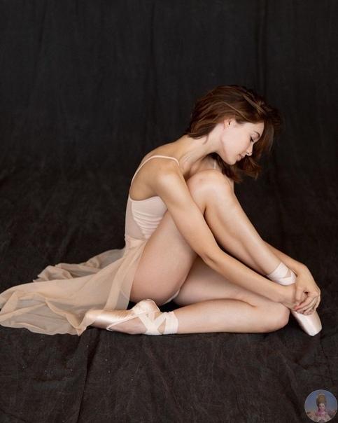 Сила и нежность классического балета в работах Дарьяны Волковой