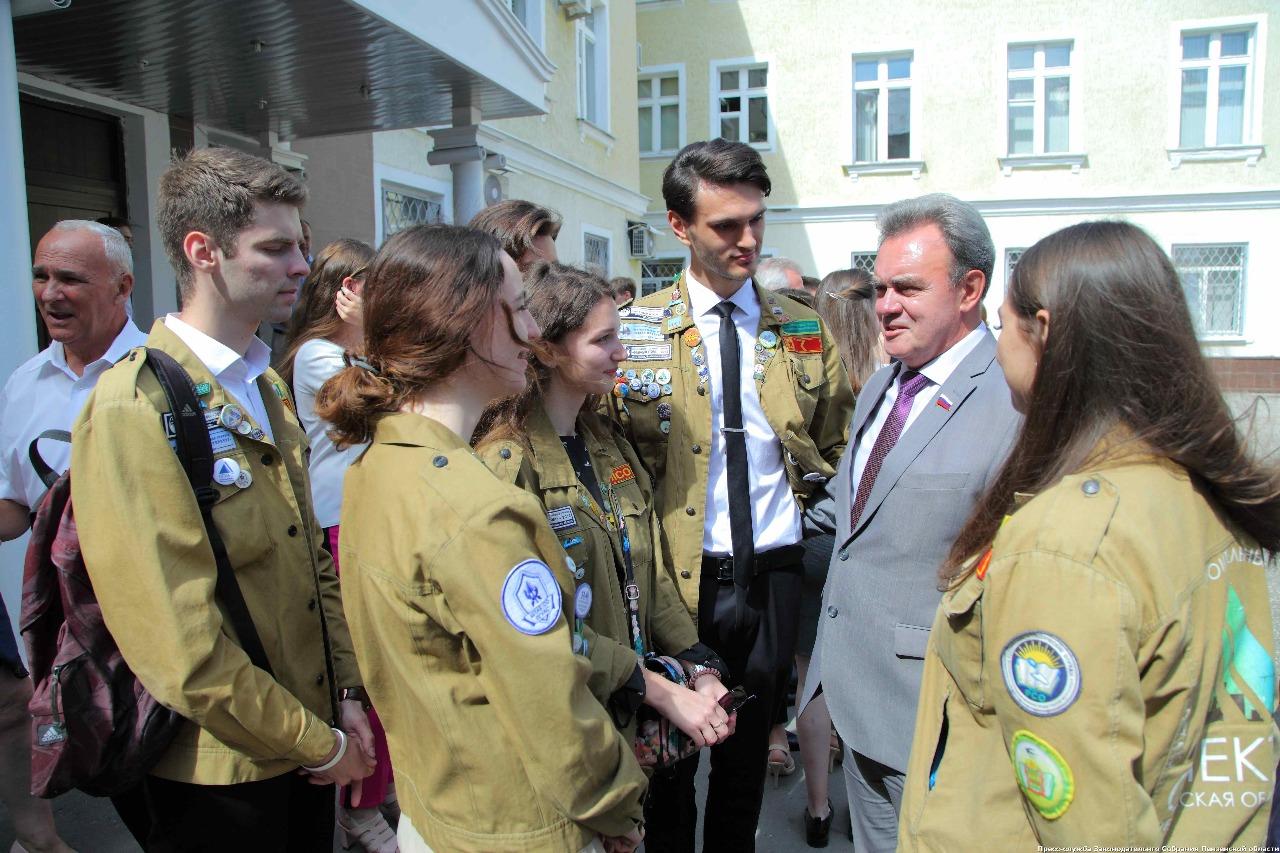 Губернатор Пензенской области встретился с бойцами СО ШСО «ПГУАС» и ПГАУ, изображение №2