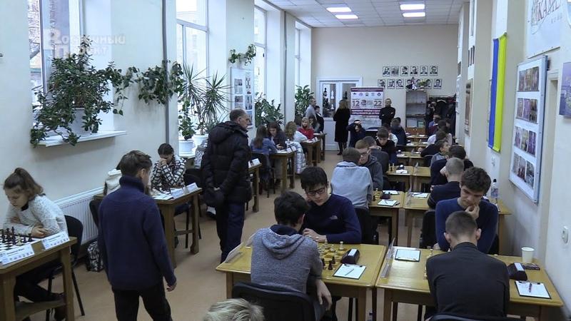 У Краматорську відбулося відкриття чемпіонату з шахів