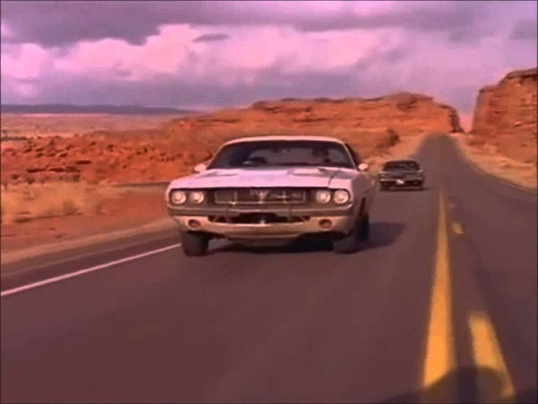 Vanishing Point Dodge Challenger vs Charger