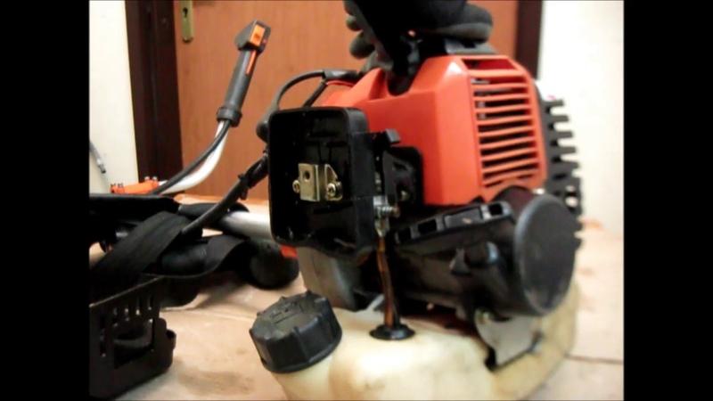 Китайская бензокоса BC430 не заводится после использования плохого масла ремонт №1