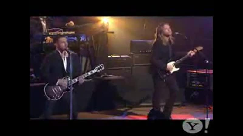 Maroon 5 -- Wake Up Call