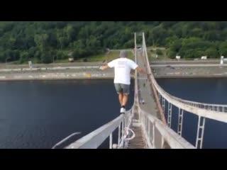 Ukrainian city climbing with mustang wanted