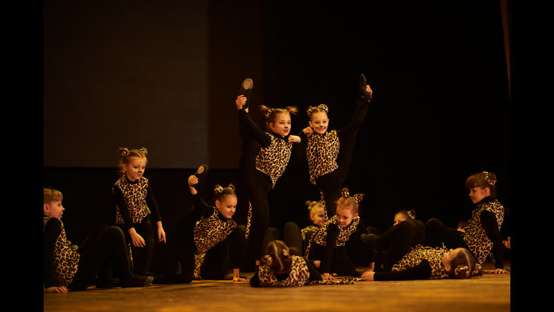 Детский отчетный концерт студии Dance Life в Белгороде Современный эстрадный танец филиал Мега Гринн дети 5 7 лет