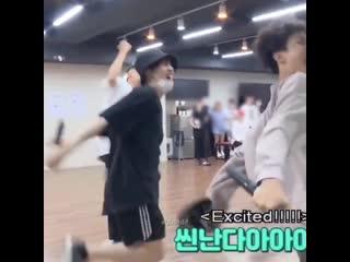Yoongi just doing things in ᵗᶦⁿʸ hits