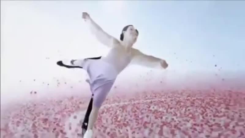 Тесса и Скотт в рекламе Акура