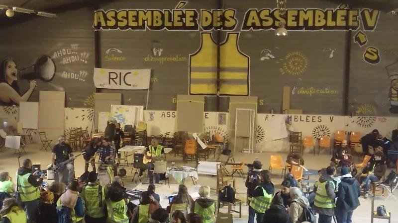 Gilets Jaunes L'immense espoir du rempart jaune à Toulouse ADA5 rempartjaune onestla