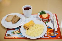 Родители могут контролировать питание детей в школе
