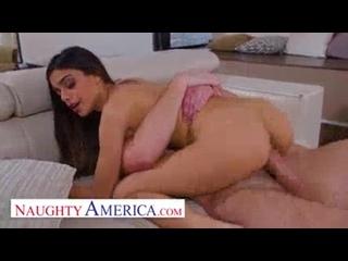 Naughty America Scarlett Bloom fucks neighbor minutes after meeting