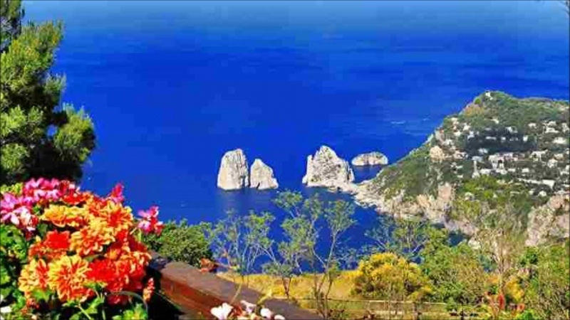 Milva Mediterraneo I Faraglioni di Capri