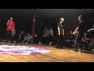 FINKTOSEE VS HECTIC FLOUR(ORASDEYMON)