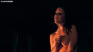 Edie Dearing  nackt