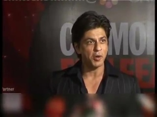 SRK shines at Cosmopolitan Awards
