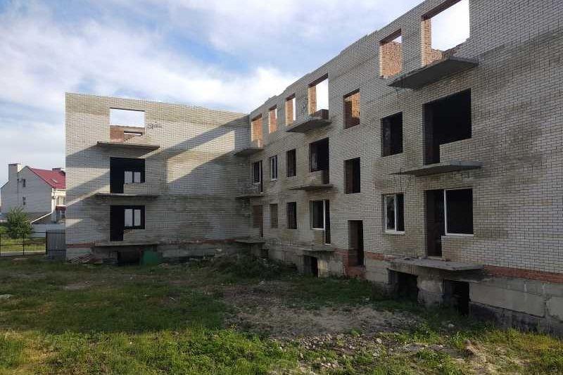 На Дону обманутые дольщики еще 15 проблемных объектов будут восстановлены в правах