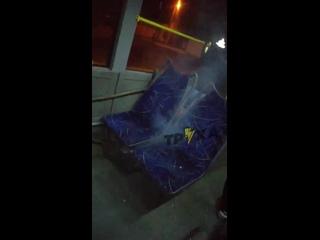 Наконец-то в харьковских троллейбусах дали отопление.