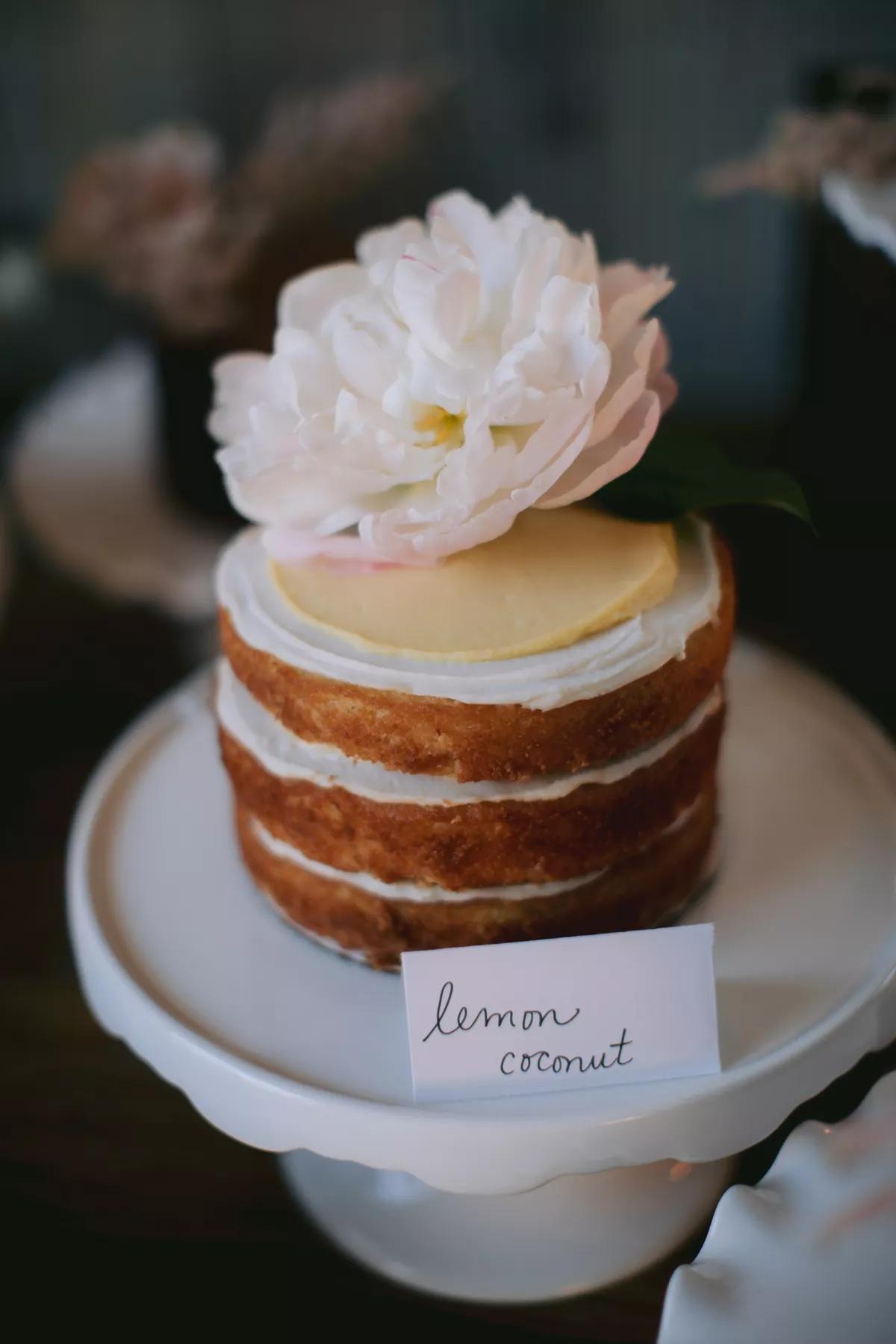 8HCEtQQJ Oc - Маленькие свадебные торты