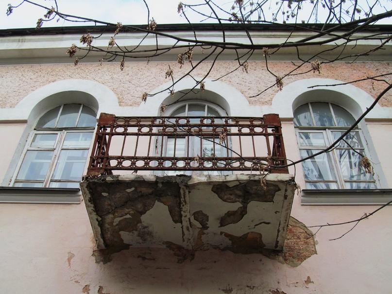 «Дом ротмистра Могилевцева» на улице Введенской, изображение №4