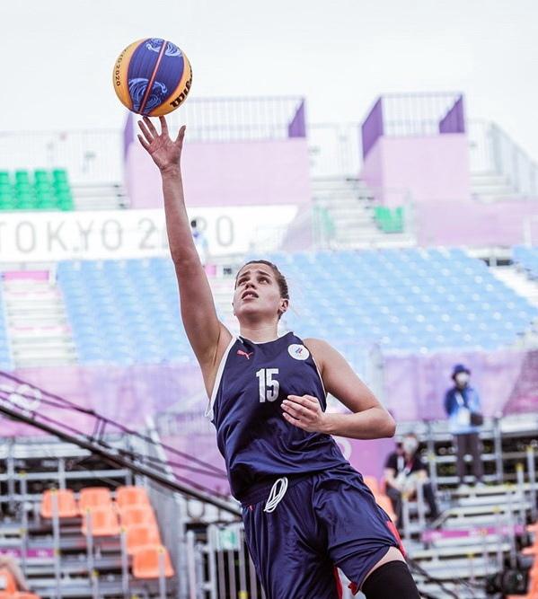 Курянки в составе сборной России вышли в финал баскетбольного турнира 3х3 на Олимпийских играх
