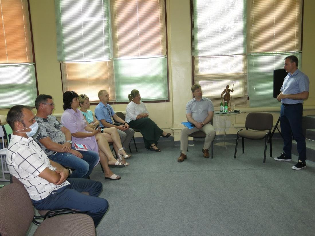 В Петровском политехе прошла стратегическая сессия Антона Ищенко о технологических стартапах