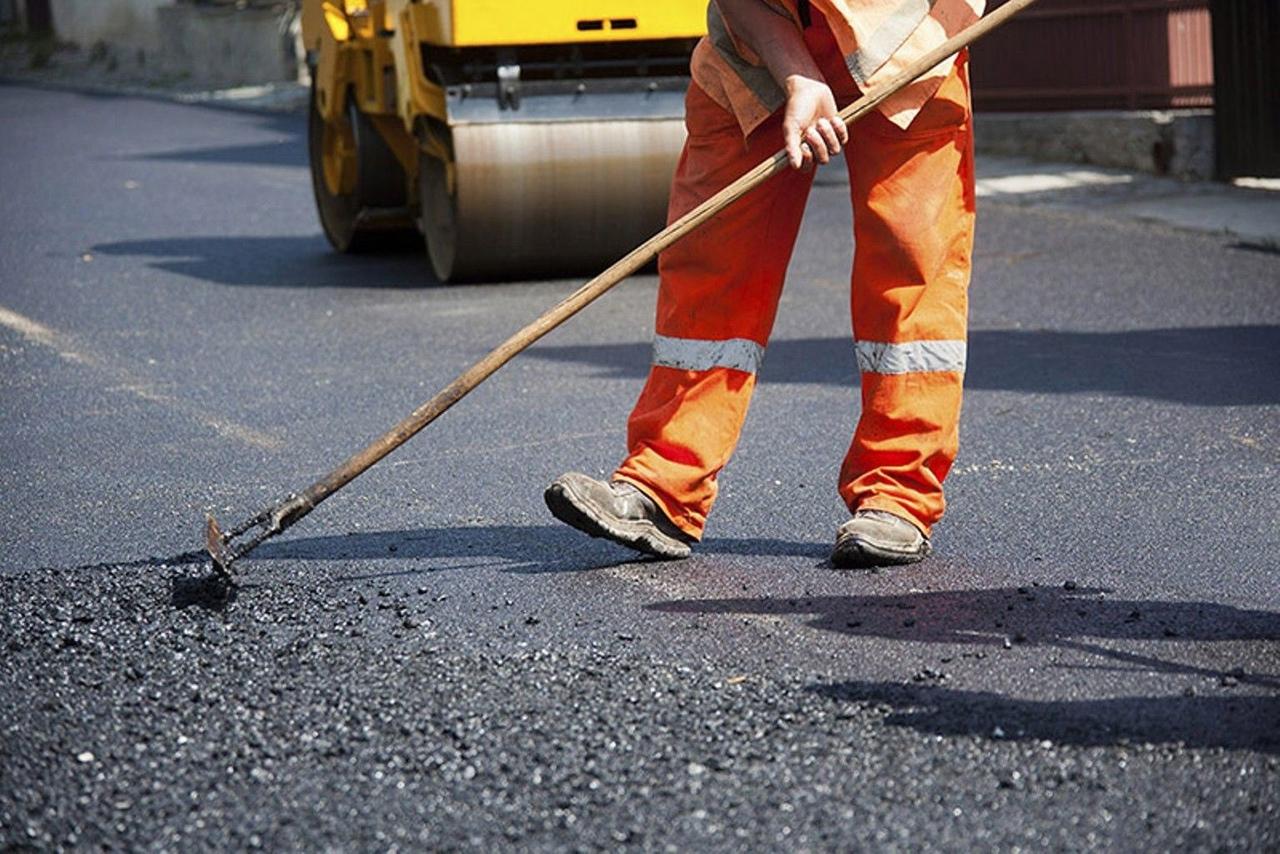 Более 20 километров дорог ремонтируют в этом сезоне в Архангельске