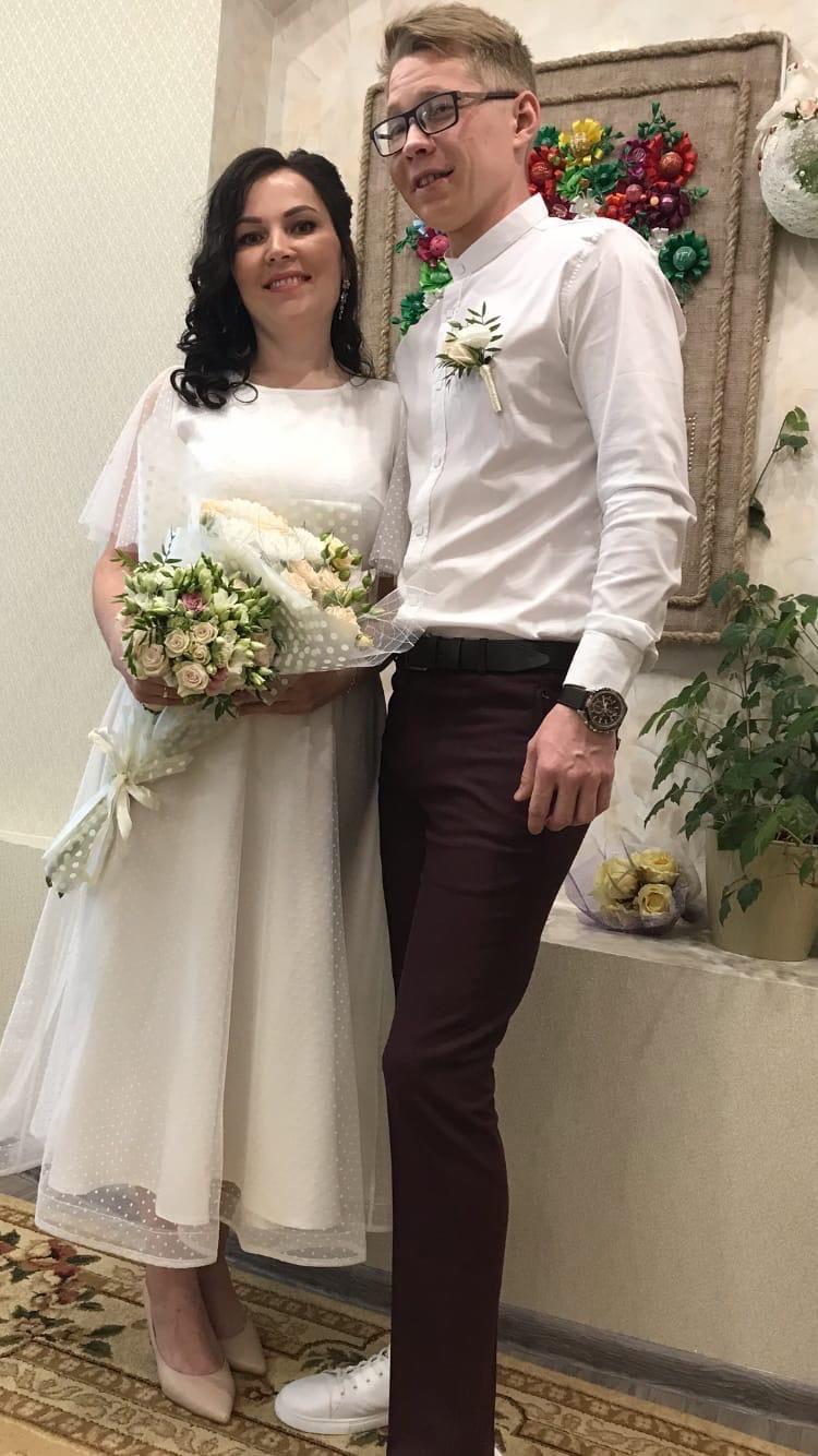 Свадебная пятница набирает «обороты»На фото Иван и