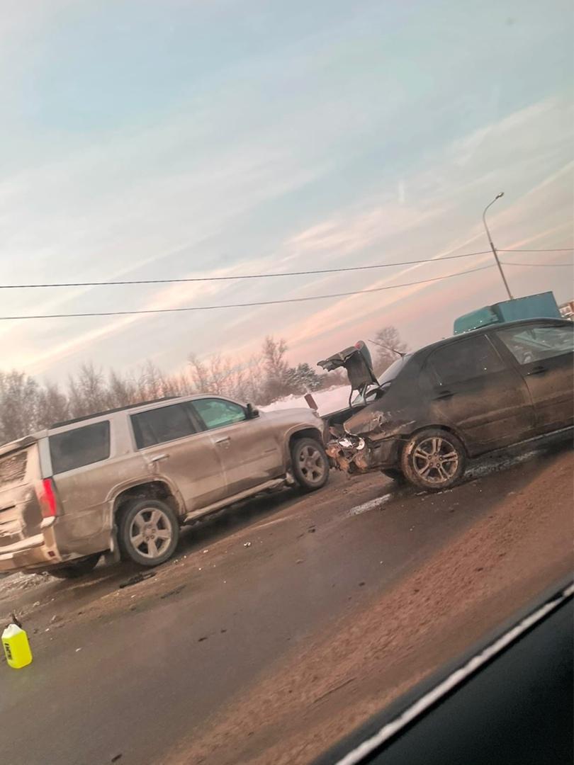 Дмитровское шоссе, в районе села Сухаерево.