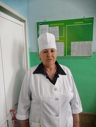 Ткаченко Ольга Васильевна – младшая медицинская сестра, стаж работы 34 года.