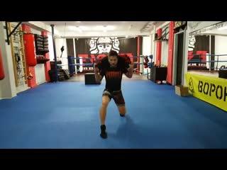 Функциональная тренировка в кикбоксинге - TRX, сэндбэг