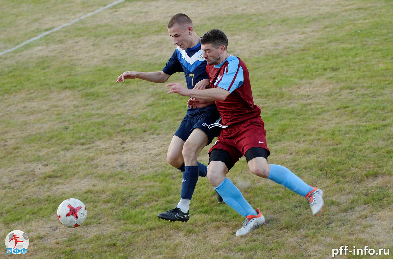 Чемпионат Подольска по футболу: решающие матчи в борьбе за медали