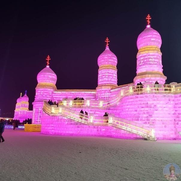 Захватывающие фото крупнейшего в мире фестиваля снега и льда в Харбине (Китай).