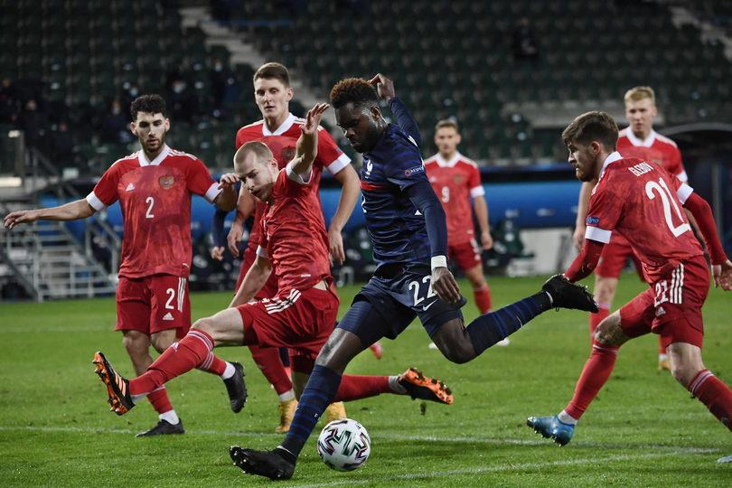 Молодежная сборная России проиграла Франции на Евро-2021 (Видео)