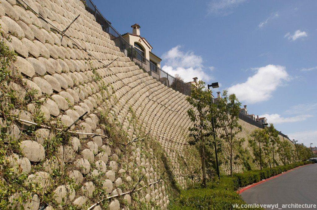 Стена из бетонных блоков - Verdura.